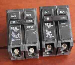 2 disjoncteurs Cutter Hammer