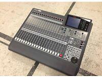 Ramsa WR-DA7 Digital Mixing Console