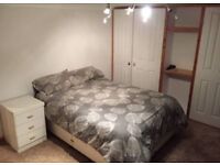 Bright & Large room in a 4 bedroom detached house