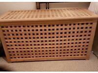 Hol blanket box