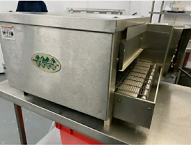 16 INCH BELT FRAMPTON ELECTRIC SINGLE PHASE CONVEYOR PIZZA OVEN, FWO