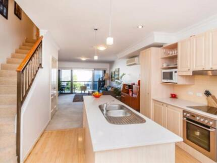 Fully furnished Subiaco apartment