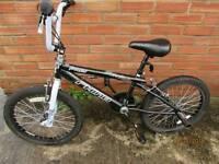 2 bikes. 1 ladies 1 child's bmx