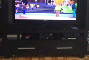 """Huge Tv Unit holds up to 60"""" tv"""