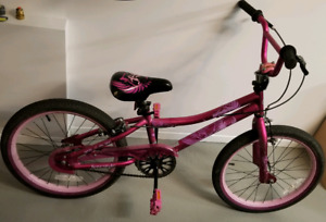Vélo fille (20 pouces) - Supercycle - Girls bike (20 inch)