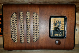 Antique Viking tube radio..WIRKING BEST OFFER
