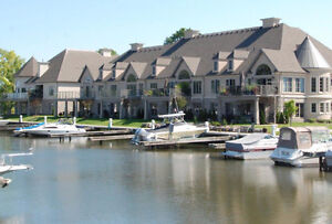 Luxury Waterfront Home or Cottage in Niagara Region