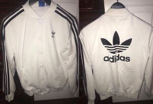 WHITE ADIDAS XSMALL SWEATER*make me an offer*excellent condition