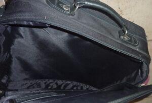 Targus laptop bag Kitchener / Waterloo Kitchener Area image 3