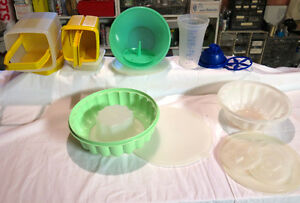 Tupperware & Rubbermaid misc. Containers