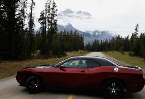 2010 Dodge Challenger Coupe (2 door) MAKE AN OFFER!