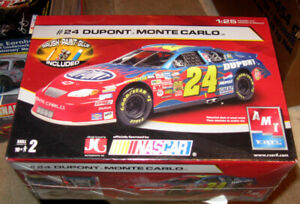 Monogram Jeff Gordon Dupont 1995 Monte Carlo Plastic Model Kit