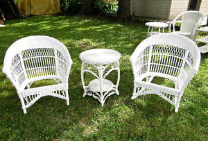 White Wicker  Chairs Set...with  White Wicker End Table