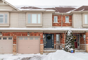 Townhome in sought-after Binbrook!