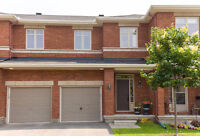 Stylish 3 bed/3 bath Orleans Townhouse!