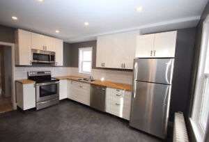 Beautiful 2 bdrm plus office Heat Included-Available Oct 1st!