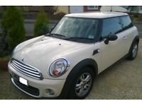 MINI 1.6 (Petrol) 2010 STUNNING PEPPER WHITE ONLY ***28000 MILES**** SPORTS CHILlI PACK TOP SPEC