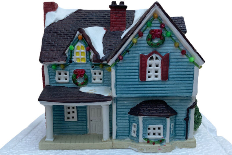 Lemax Plymouth Corners Red 2 Storied House With Box 1994 Christmas Decor