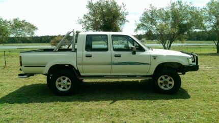 1993 Toyota Hilux Ute Tuncurry Great Lakes Area Preview