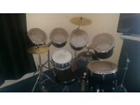 7 piece black premier royale drum kit £250 I can deliver for cost of fuel