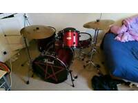 Pearl forum drum kit red wine