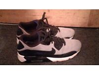 nike air max 90 (very good condition)