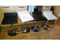 4x bar stools