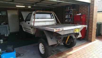Single cab hilux tray Tapping Wanneroo Area Preview