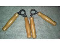 Strong resistance pair of hand strength grips for large handed men