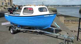 Family Fisherman poackage complete with engine trailer - just add water - UK WIDE DELIVERY - NEW