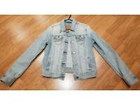 Abercrombie & Fitch Ladies Faded Blue Denim Jacket Size M