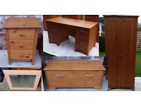 REDUCED - BEAUTIFUL Pine Bedroom Furniture Set - 8 PIECE BARGAIN