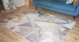 Geometric grey rug