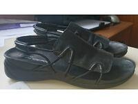 Ladies Clarks Springer Sandals size 6