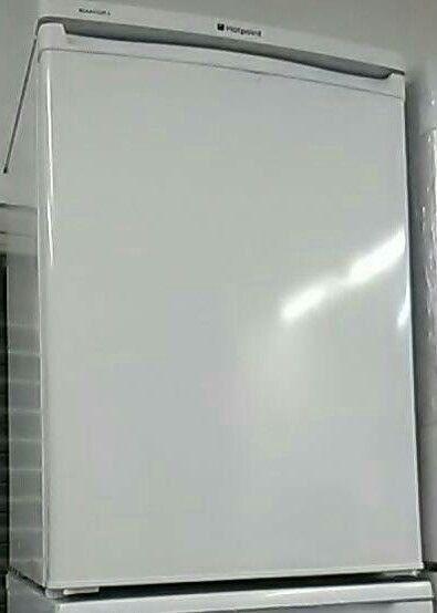 HOTPOINT RSAAV22P.1 Undercounter Fridge - White