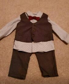 Mamas and Papas Suit 3-6 months