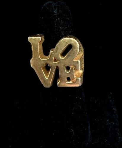 VTG 1970 ROBERT INDIANA THE LOVE Chunky Gold Plated Ring Sz 5-6 Incl Ring Guard