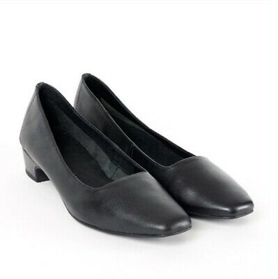 Intentionally Blank leather Yeah square toe pumps women's EU 38