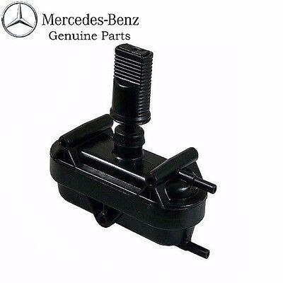 OES For Mercedes W123 240D 280E 300CD 300D Door Lock Vacuum Actuator 0008006975