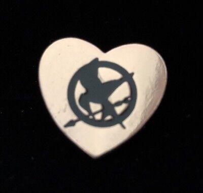 Lapel Pin Pinback Hunger Games  Mockingjay Trilogy 1 1 8  Gold Tone Metal Heart
