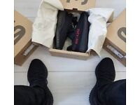 Yeezy Boost 350 V2 Bred (Free delivery)