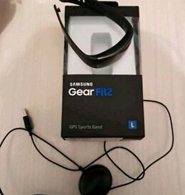 Samsung gear fit2. Size large.GPS sports band