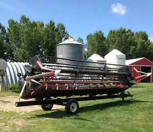 22.5' 1020 Straight Cut  Case IH Flex Header & Trailer