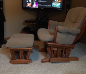 Rocking Chair and Ottoman, Shermag Glider, Great for babies