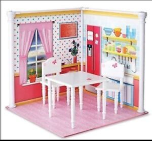 """WOODEN TABLE AND CHAIRS FOR 18"""" DOLLS BRAND NEW"""