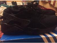 Nike air huaraches size 6