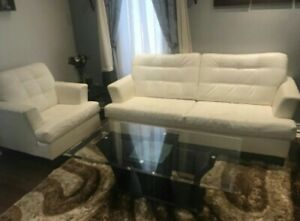 Free delivery: beautiful white couch set