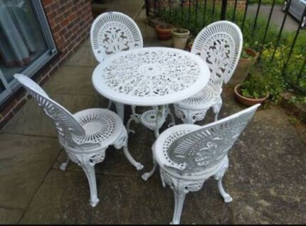 Wanted: WANTED Cast Iron Outdoor Furniture Part 47