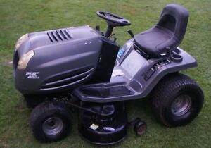 """Murray 21hp 46"""" Automatic Riding Lawnmower Tractor"""