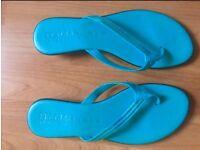 Italian leather bling flip flops size 8